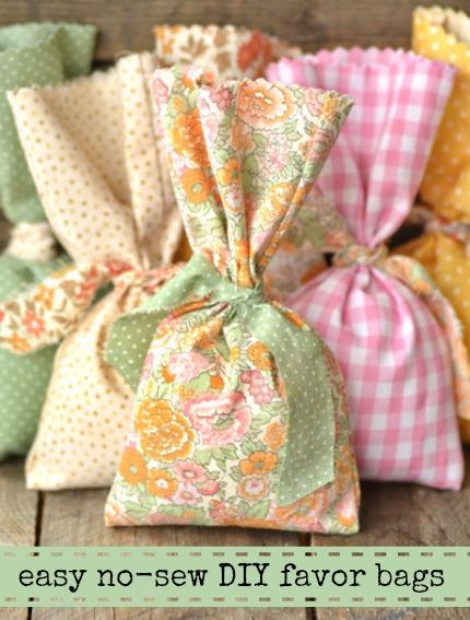 Easy No-Sew DIY Favor Bag Tutorial via Intimate Weddings